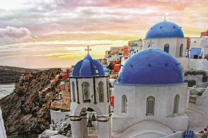 om início e término em Atenas, as viagens proporcionam um mergulho na história de uma das mais antigas civilizações do Ocidente e muita aventura nos points mais badalados do Mar Egeu