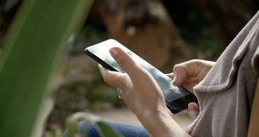 O cancelamento ultrapassa os limites digitais e ganha a vida off-line.